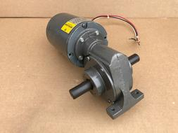 BALDOR GC9415 1/8HP RIGHT ANGLE GEAR MOTOR w/ Reducer RPM 49