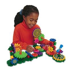 * GEARS GIZMOS 82 PIECES