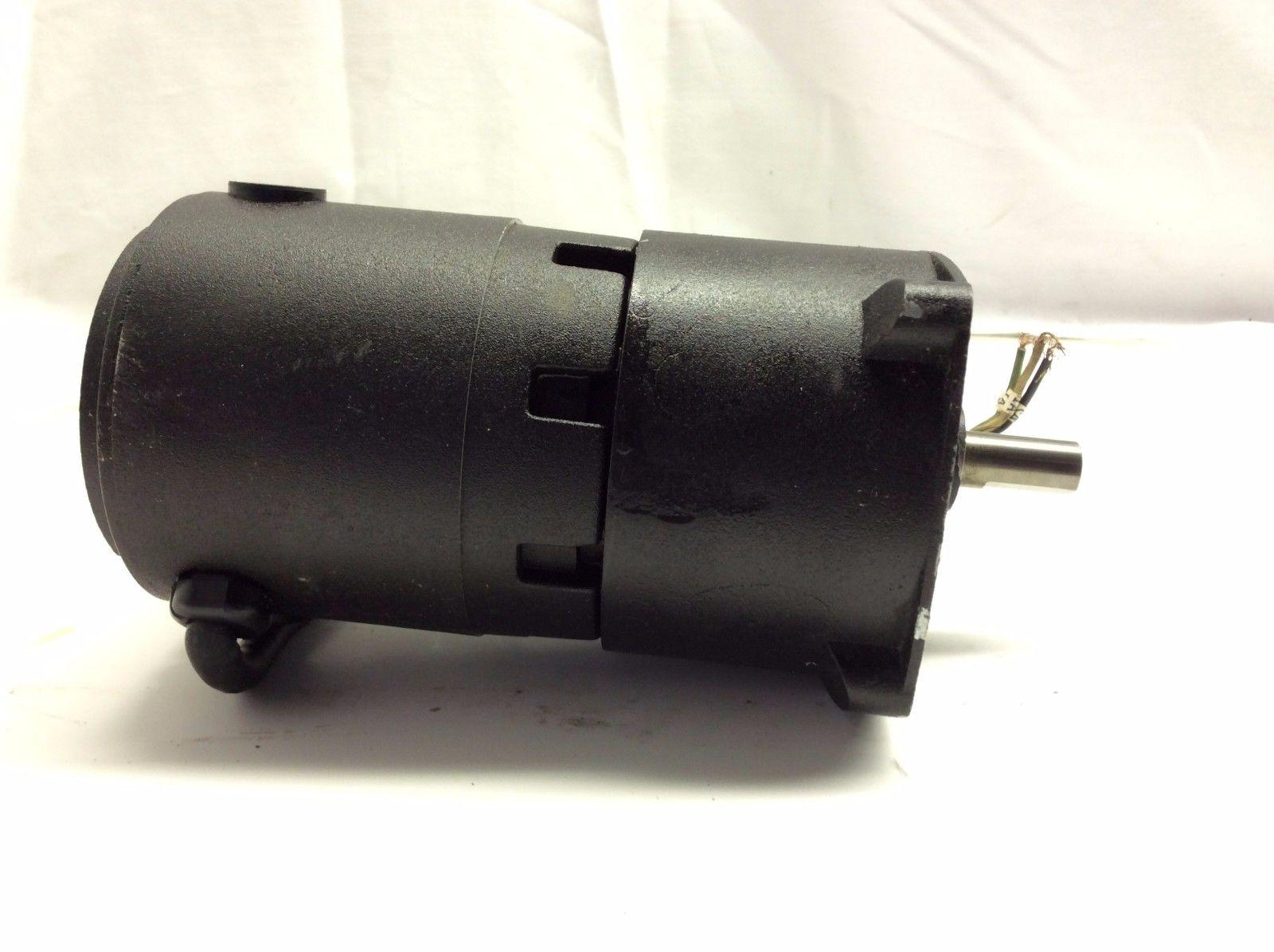 NEW! BALDOR Electric Gear Motor 90DC 0.3A 29-30RPM 40 60:1