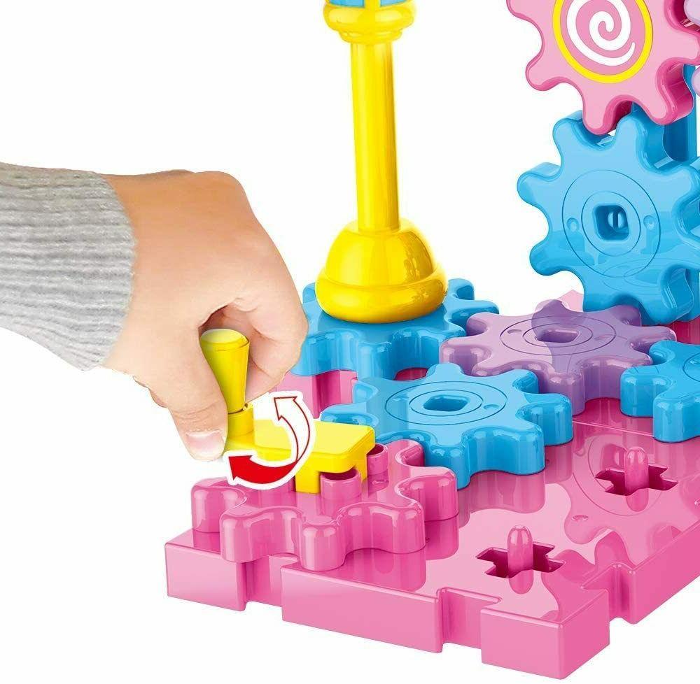 Rotating Set Interlocking Blocks Hand Operating