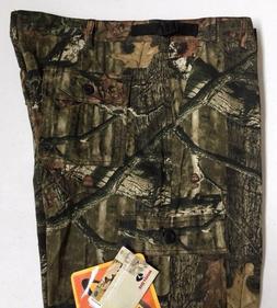 "NWT Men's Yukon Gear Camouflage Pants Size XL  31.5"" Inseam"